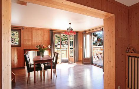 Rent in ski resort Chalet le Marmotton - Les 2 Alpes - Dining area