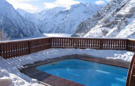 Location au ski Chalet le Ponton - Les 2 Alpes - Piscine