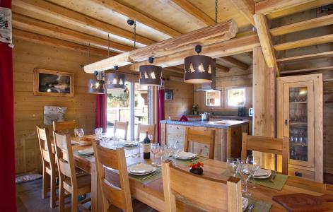 Location au ski Chalet Prestige Lodge - Les 2 Alpes - Table