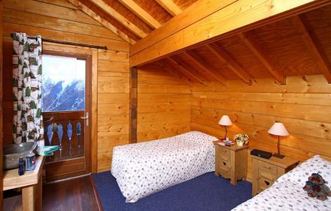 Location au ski Chalet Soleil Levant - Les 2 Alpes - Chambre mansardée
