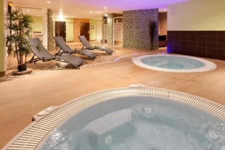 Location au ski Hotel Club Mmv Le Panorama - Les 2 Alpes - Jacuzzi