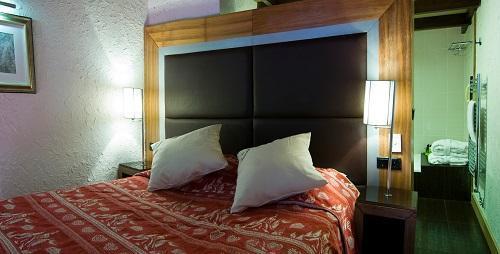 Location au ski Hotel Ibiza - Les 2 Alpes - Lit double