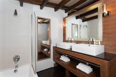 Location au ski Hotel Ibiza - Les 2 Alpes - Salle de bains