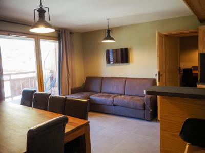 Rent in ski resort 3 room apartment cabin 8 people - La Résidence - Les 2 Alpes - Living room