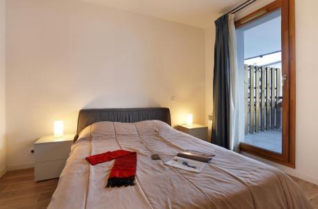 Rent in ski resort Résidence Au Coeur des Ours - Les 2 Alpes - Double bed