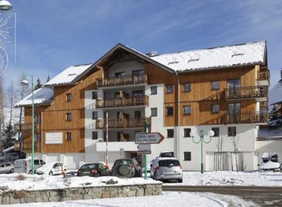 Location au ski Residence Au Coeur Des Ours - Les 2 Alpes - Extérieur hiver