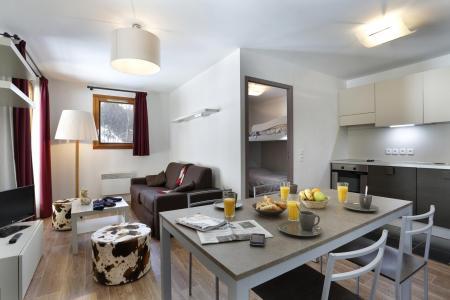 Rent in ski resort Résidence Au Coeur des Ours - Les 2 Alpes - Living room