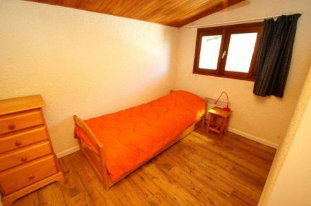 Location au ski Appartement 4 pièces 8 personnes (43) - Residence Brinbelles - Les 2 Alpes - Chambre mansardée
