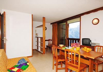 Location au ski Residence Du Soleil - Les 2 Alpes - Coin repas