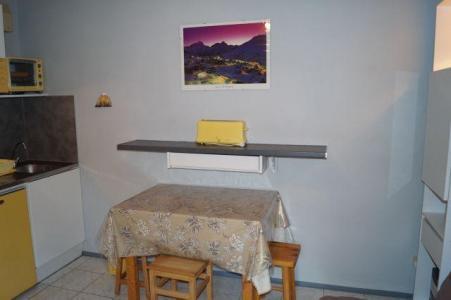 Location au ski Studio coin montagne 4 personnes (69) - Residence Le Pluton - Les 2 Alpes - Lits superposés