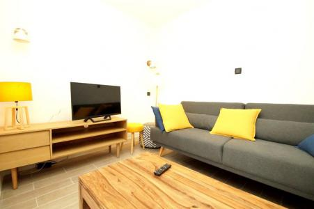 Rent in ski resort 2 room apartment sleeping corner 10 people (307) - Résidence Les Marmottes - Les 2 Alpes - Bed-settee