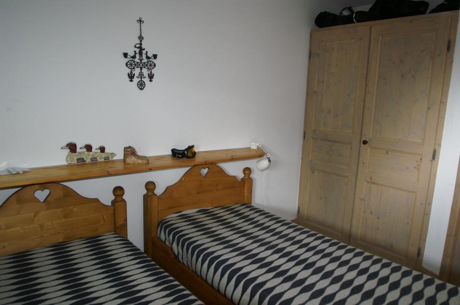 Location au ski Appartement 3 pièces cabine 6-8 personnes - Résidence les Granges des 7 Laux - Les 7 Laux - Lit simple