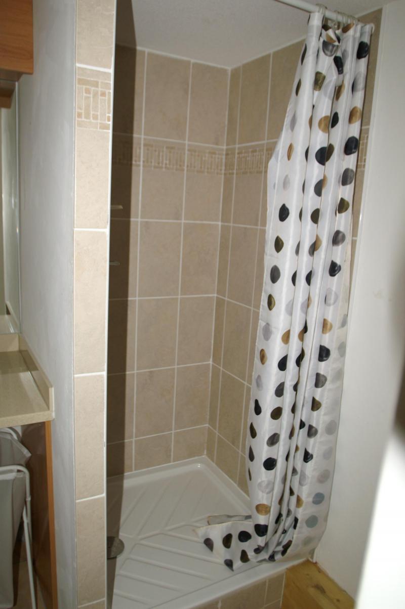 Location au ski Appartement duplex 3 pièces cabine 10 personnes - Résidence les Granges des 7 Laux - Les 7 Laux - Salle d'eau