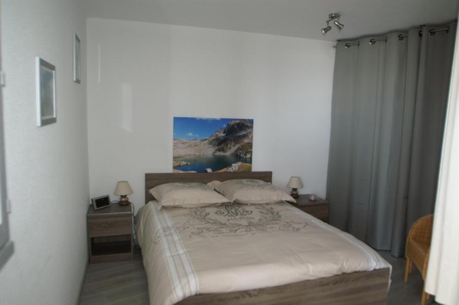 Аренда на лыжном курорте Апартаменты 3 комнат 7 чел. - Résidences Prapoutel les 7 Laux - Les 7 Laux - Двухспальная кровать
