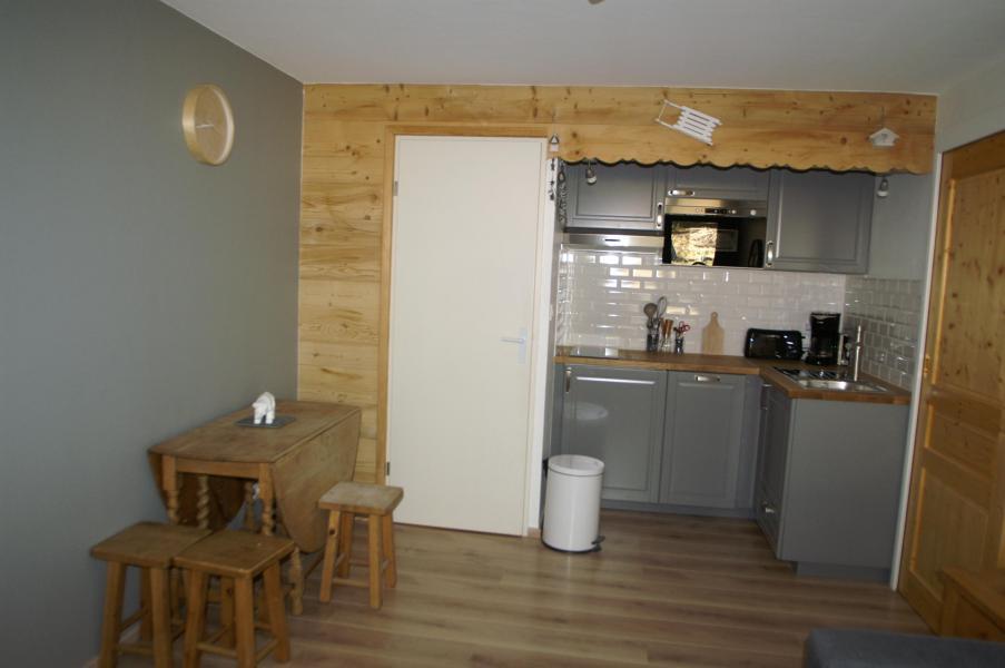 Location au ski Appartement 2 pièces 5 personnes (standard) - Résidences Prapoutel les 7 Laux - Les 7 Laux - Cuisine ouverte