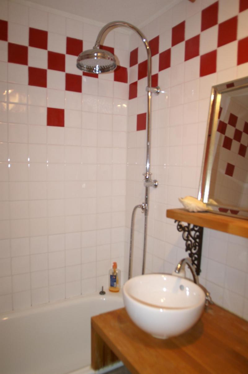 Location au ski Studio cabine 4 personnes - Résidences Prapoutel les 7 Laux - Les 7 Laux - Salle de bains