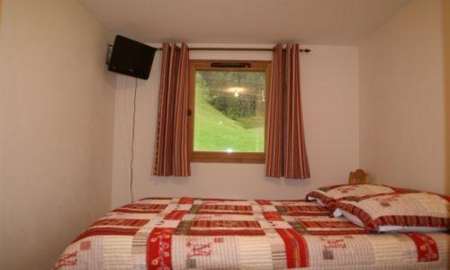 Location au ski Appartement 2-3 pièces 4-6 personnes - Residence Les Granges Des 7 Laux - Les 7 Laux - Fenêtre