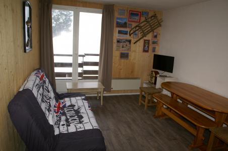 Аренда на лыжном курорте Апартаменты 2 комнат 5 чел. - Résidences Prapoutel les 7 Laux - Les 7 Laux - Диван-кровать