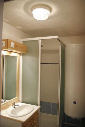 Location au ski Appartement 2 pièces 5 personnes (standard) - Residences Prapoutel Les 7 Laux - Les 7 Laux - Salle d'eau