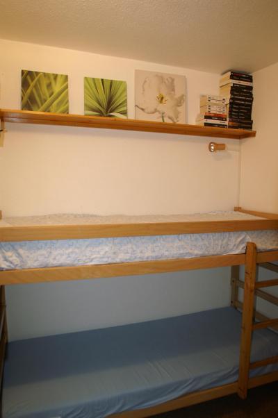 Location au ski Appartement 2 pièces cabine 6 personnes (standard) - Résidences Prapoutel les 7 Laux - Les 7 Laux - Lits superposés
