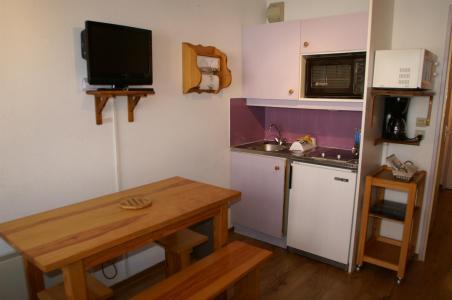 Location au ski Studio cabine 4 personnes (standard) - Résidences Prapoutel les 7 Laux - Les 7 Laux - Cuisine ouverte