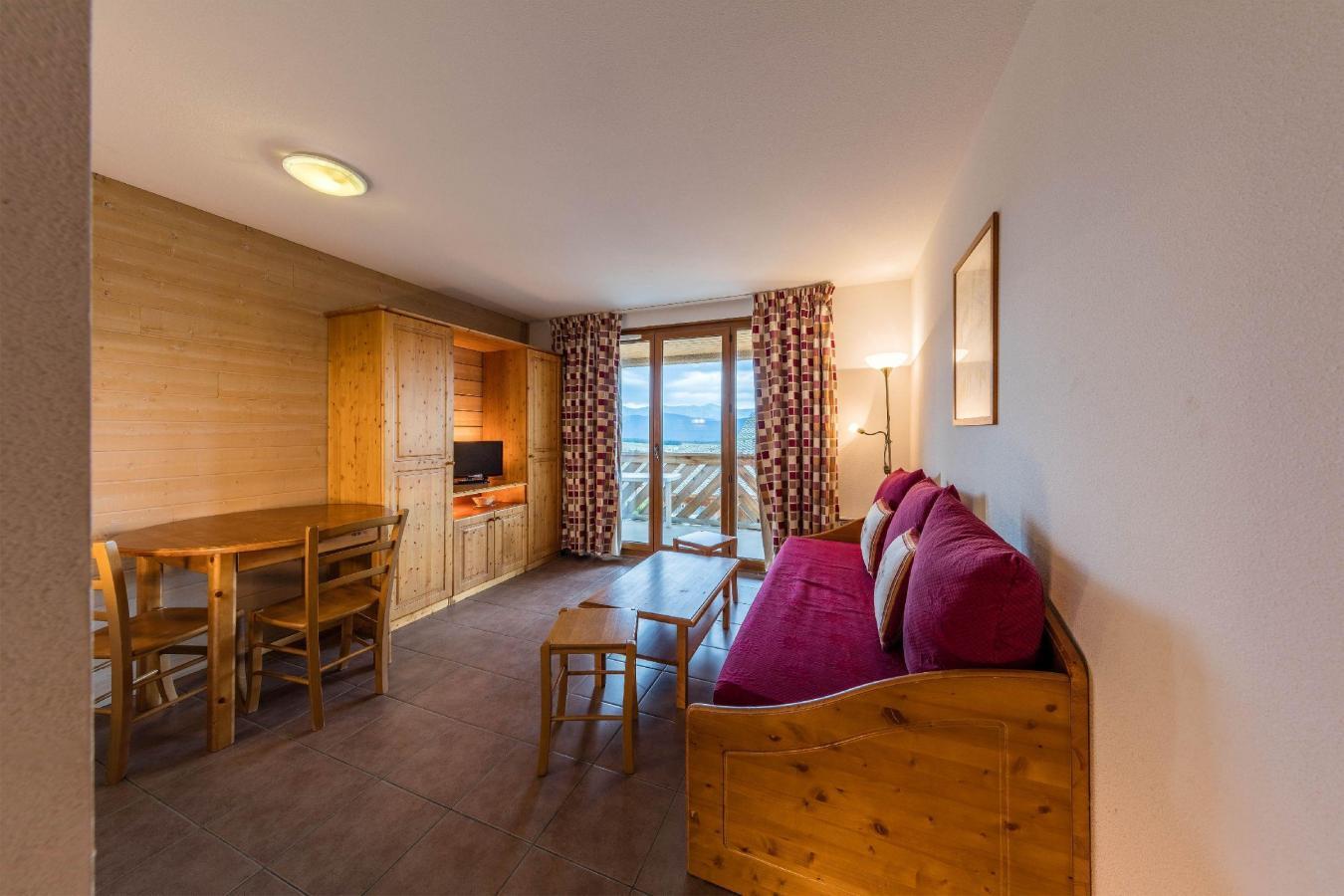 Location au ski Residence Le Clos Des Fontaneilles - Les Angles - Séjour
