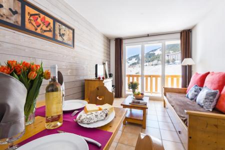 Location au ski Résidence Lagrange l'Orée des Cimes - Les Angles - Séjour