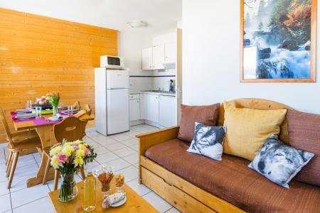 Rent in ski resort Résidence Lagrange Prat de Lis - Les Angles - Bed-settee