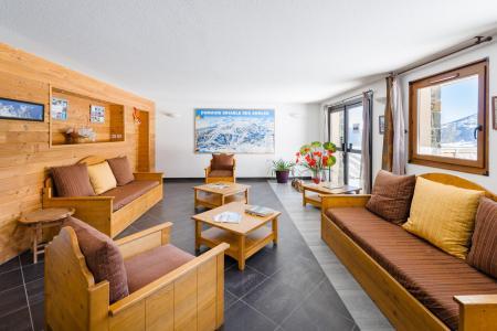 Location au ski Résidence Lagrange Prat de Lis - Les Angles - Canapé