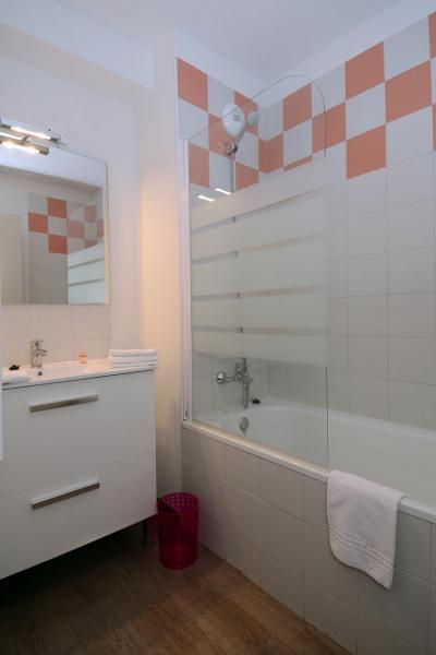 Rent in ski resort Résidence les Chalets de l'Isard - Les Angles - Bathroom