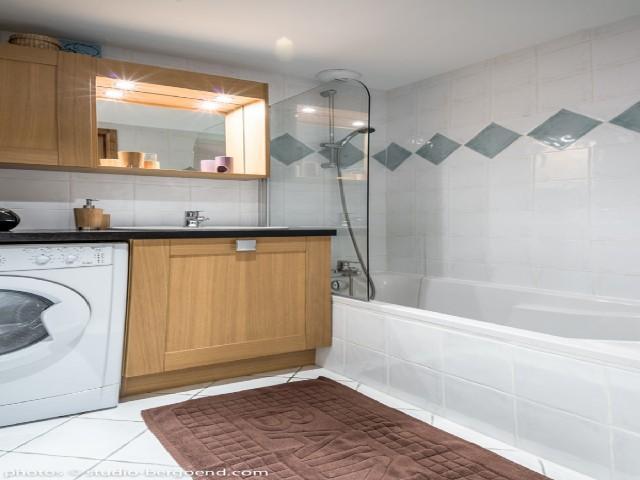 Location au ski Appartement 3 pièces 4 personnes (16C) - La Residence L'iseran - Les Arcs - Baignoire