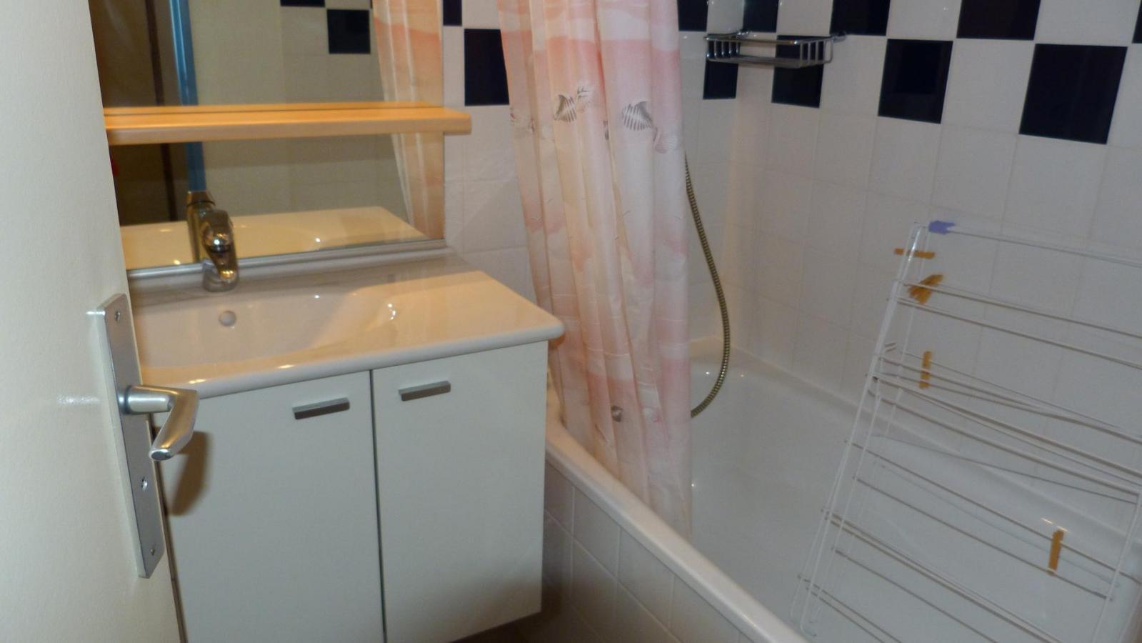 Location au ski Appartement 2 pièces 4 personnes (609) - Residence Le Ruitor - Les Arcs - Lavabo