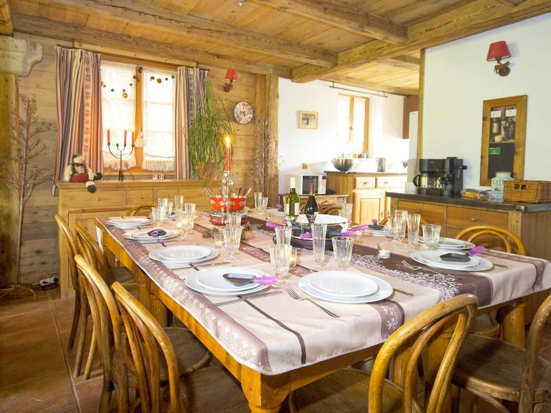 Rent in ski resort Chalet Deux Têtes I - Les Arcs - Dining area