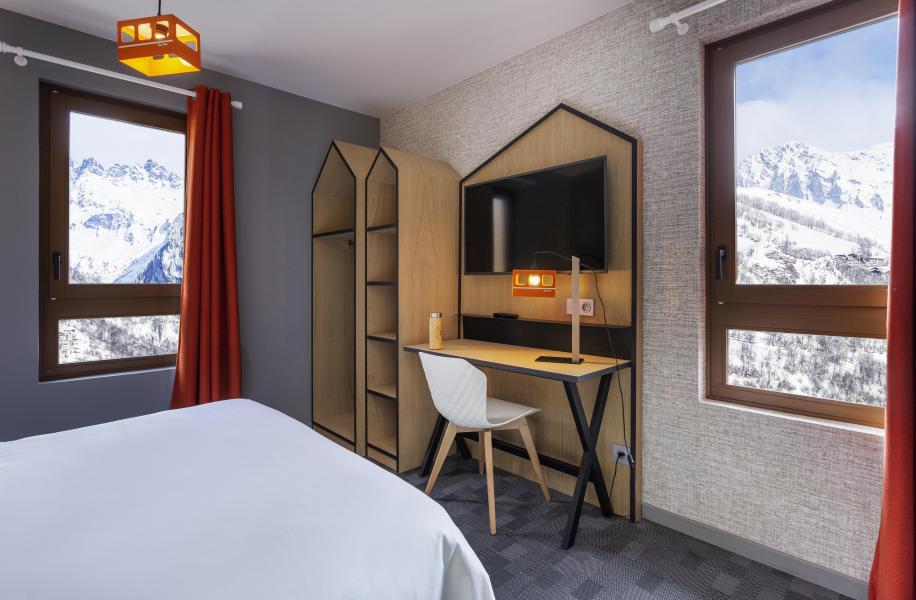 Alquiler al esquí Hôtel Base Camp Lodge - Les Arcs - Oficina