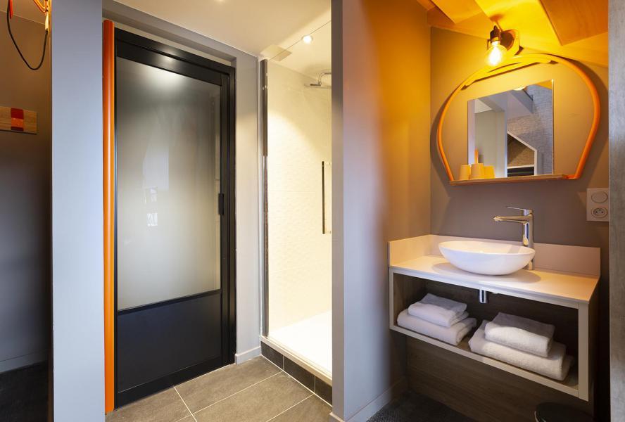Alquiler al esquí Suite 1-2 personas (ISERAN) - Hôtel Base Camp Lodge - Les Arcs - Cuarto de baño con ducha