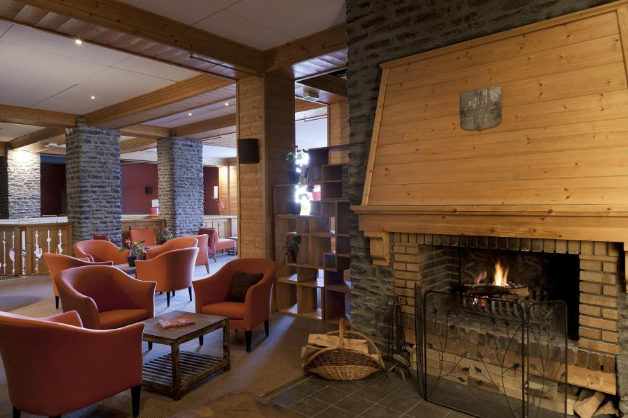 Rent in ski resort Hôtel Club MMV Altitude - Les Arcs - Reception
