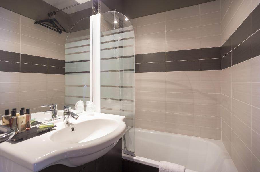 Location au ski Hôtel Club MMV Altitude - Les Arcs - Salle de bains