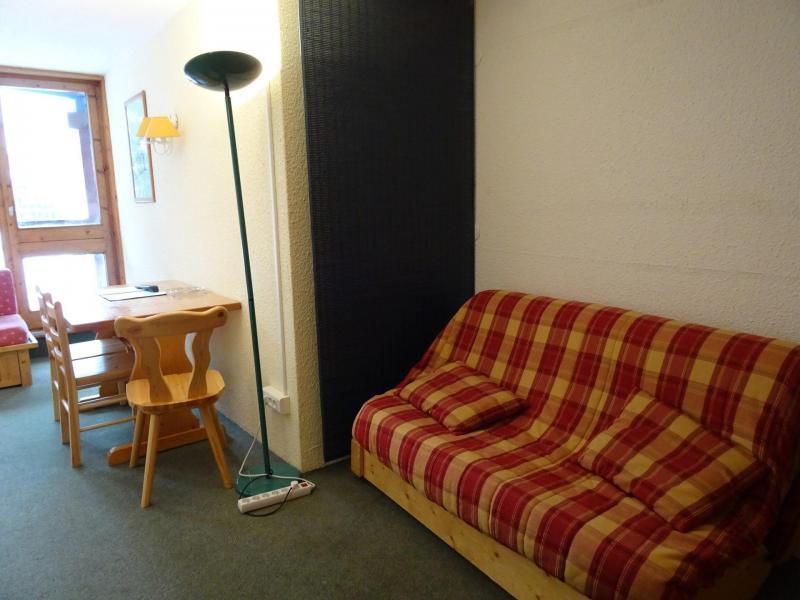 Location au ski Studio 4 personnes (306) - Résidence Belles Challes - Les Arcs - Canapé