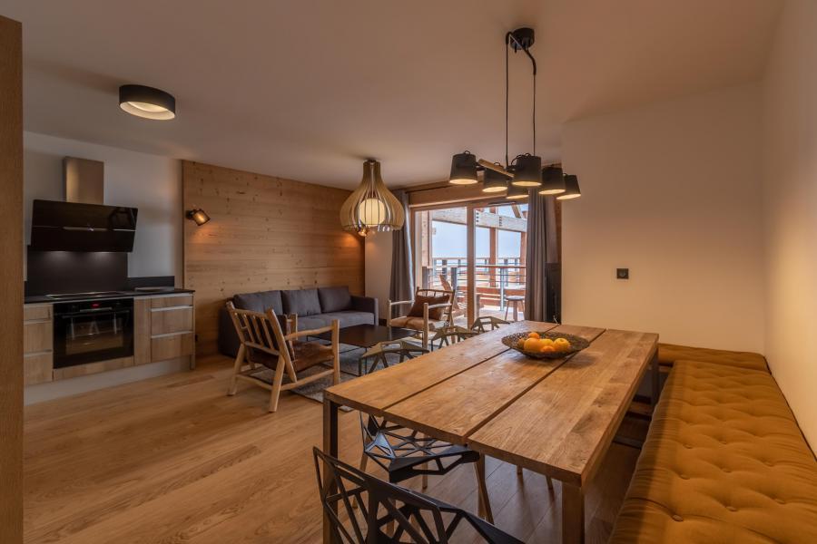 Location au ski Appartement 4 pièces 8 personnes (B42) - Résidence L'Ecrin - Les Arcs - Table