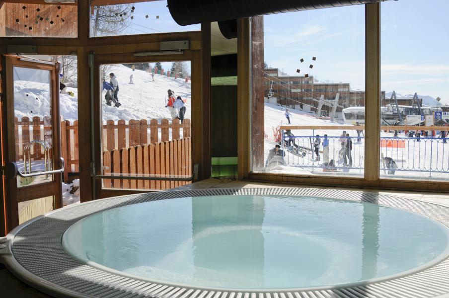 Alquiler al esquí Résidence Lagrange le Roc Belle Face - Les Arcs - Jacuzzi