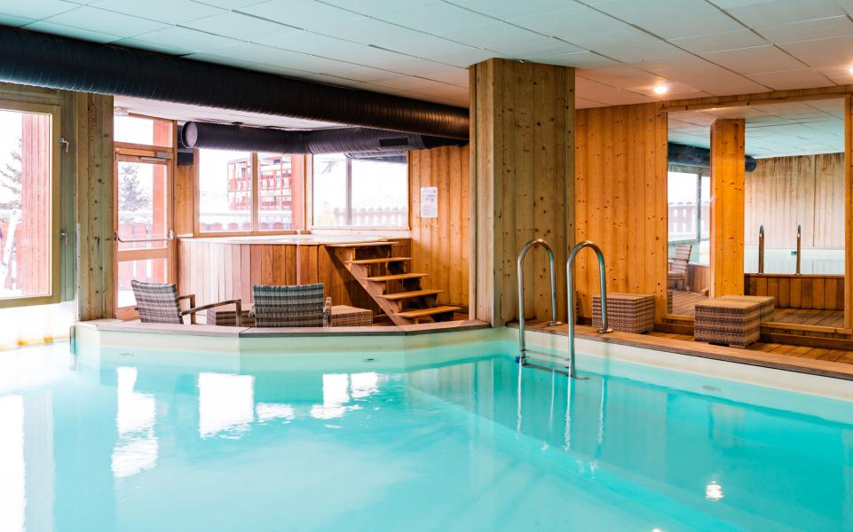 Location au ski Residence Lagrange Le Roc Belle Face - Les Arcs - Piscine