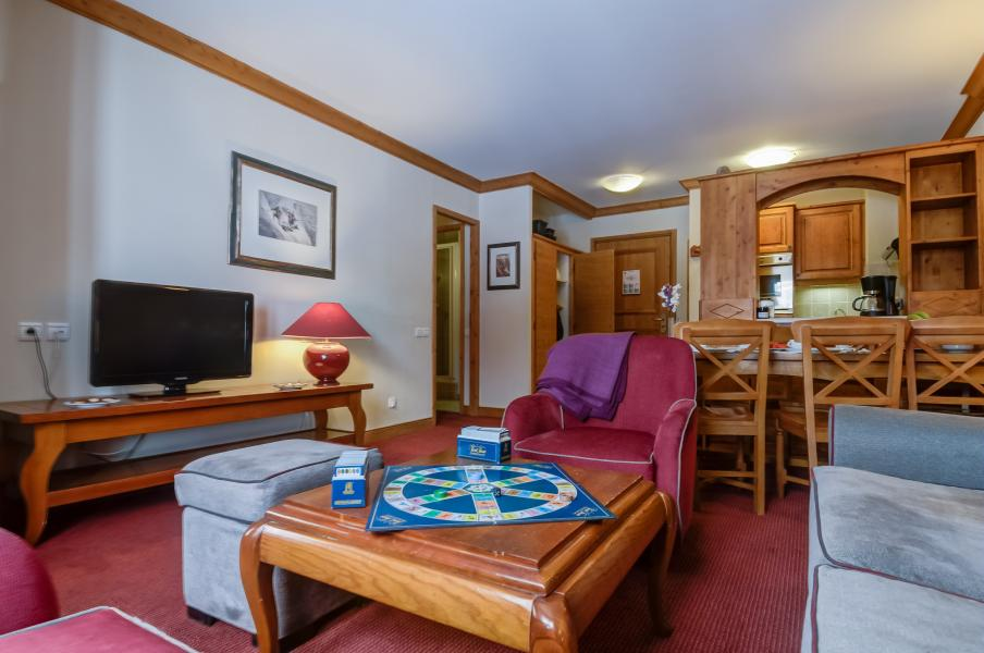 Rent in ski resort Résidence P&V Premium le Village - Les Arcs - Coffee table