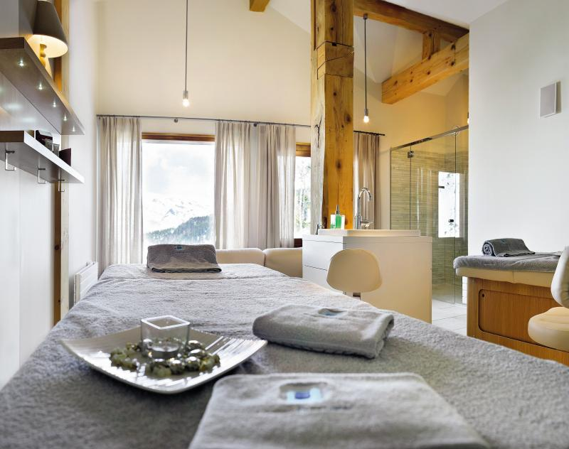 Location au ski Residence P&v Premium Le Village - Les Arcs - Massage