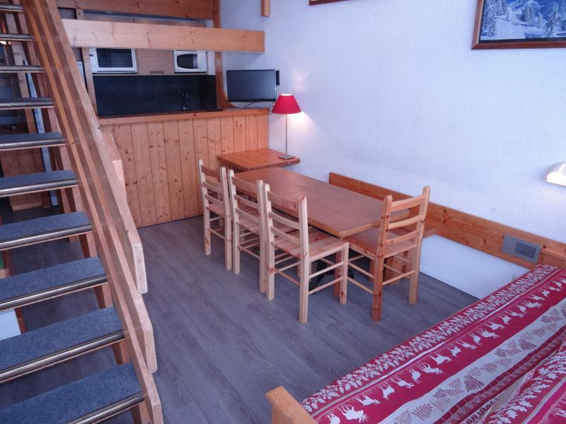 Wynajem na narty Apartament 3 pokojowy z antresolą 8 osób (201) - Résidence Tournavelles - Les Arcs - Pokój gościnny