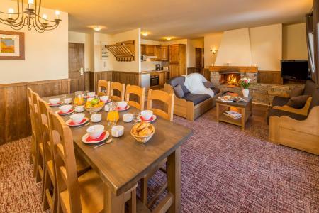 Wynajem na narty Apartament 5 pokojowy 8-10 osób - Chalet Altitude - Les Arcs - Jadalnia