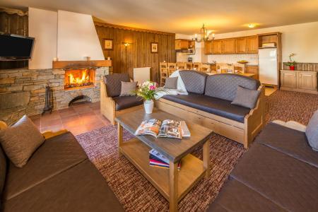 Wynajem na narty Apartament 6 pokojowy 10-12 osób - Chalet Altitude - Les Arcs - Kominkiem
