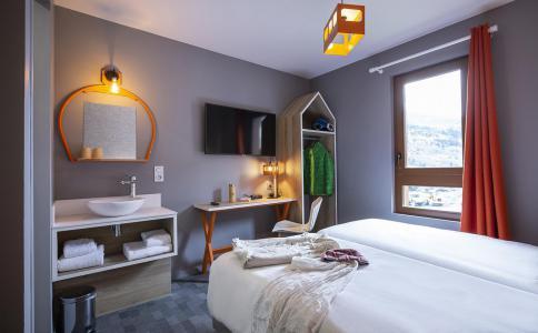 Rent in ski resort Hôtel Base Camp Lodge - Les Arcs - Bedroom