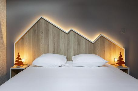 Rent in ski resort Suite 1-2 people (ISERAN) - Hôtel Base Camp Lodge - Les Arcs - Apartment