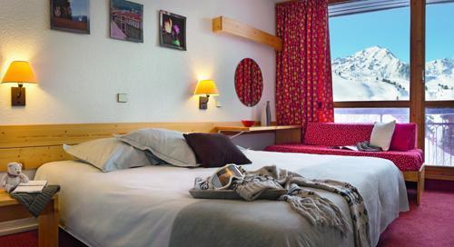 Location 2 personnes Chambre Confort (1 adulte + 1 enfant -12 ans) (CH2CSH) - Hotel Belambra Club L'aiguille Rouge