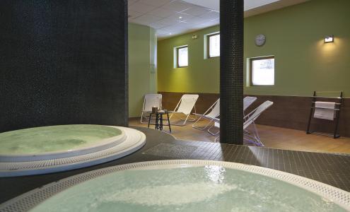 Location au ski Hôtel Club MMV Altitude - Les Arcs - Bain à remous